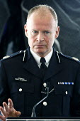 Bob Broadhurst, Metropolitan Police Commander, at a press conference. City Hall, London. - Justin Tallis - 02-08-2011