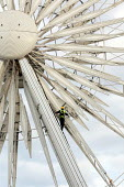 Daily safety checks being carried out on The Wheel of Liverpool, Echo Arena - Justin Tallis - 27-09-2011