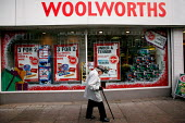 Christmas Sales at a branch of Woolworths on a high street in North London. - Justin Tallis - 27-11-2008
