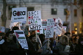 Gaza protest against the BBC's refusal to broadcast a charity appeal to raise emergency funds for people in the Gaza strip. London. - Justin Tallis - ,2000s,2009,activist,activists,against,appeal,bbc,broadcast,BROADCASTING,CAMPAIGN,campaigner,campaigners,CAMPAIGNING,CAMPAIGNS,charitable,charity,DEMONSTRATING,demonstration,DEMONSTRATIONS,emergency,G