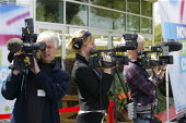 Television crews at the Conservative Spring Forum. Cheltenham. - Justin Tallis - 26-04-2009