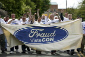 Ford Fraud. Sacked workers from the car components firm Visteon leave their plant for the final time after a settlement was agreed. Enfield, North London. - Justin Tallis - 18-05-2009