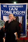 John McDonnell MP speaking at a candlelit vigil outside the Royal Exchange organised by Ian Tomlinsons family. Ian Tomlinson was killed during G20 protests in April 2009. London. - Justin Tallis - 01-12-2009