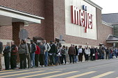 Michigan - The unemployed of Detroit queue to apply for 200 jobs at a new Meijer store. - Jim West - American,2010,2010s,America,American,americans,application,apply,applying,Detroit,DOWNTURN,EARNINGS,EBF,Economic,economy,employee,employees,employment,Income,inequality,interview,INTERVIEWED,INTERVIEW