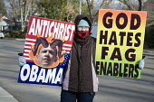 Michigan, USA. Member of the Westboro (Kansas) Baptist Church carrying placards Barack Obama the Antichrist because of his support for abortion rights and gay rights. The group picketed Grosse Pointe... - Jim West - 21-11-2008
