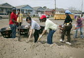 New Orleans, Louisiana - Student volunteers from Wellesley College and Brown University work on construction of new homes being built by Habitat for Humanity. Habitat volunteers have built dozens of h... - Jim West - 26-03-2009
