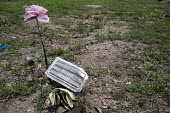 Falfurrias, Texas - Unknown female remains. Graves in Sacred Heart Cemetery where the remains of unidentified migrants who dies crossing the border are buried. Dozens of migrants without legal papers... - Jim West - 21-07-2013