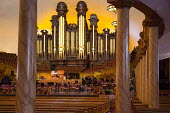 Salt Lake City, Utah - The Mormon Tabernacle, home of the Mormon Tabernacle Choir. - Jim West - 14-11-2014