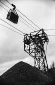Oakdale colliery, 1972 miners strike, Sirhowy Valley, South Wales, Overhead coal transport system silent during the strike - Martin Mayer - 21-01-1972