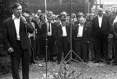 Docks strike 1972. Vic Turner, one of the jailed Pentonville 5 dockers and a leading shop steward on the Royal Group of Docks, speaking at a mass metting at the Royals - Martin Mayer - 1970s,1972,anti union law,anti union laws,anti union legislation,disputes,DOCK,dock strike,Docks,Docks Labour Scheme,docks strike,harbor,harbors,HARBOUR,harbours,INDUSTRIAL DISPUTE,Industrial Relation