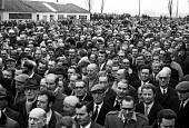 Ford strike 1971. Mass meeting at Ford Dagenham to report back the latest negotiations. - Martin Mayer - 14-03-1971