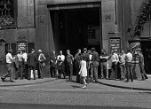Print workers strike at Daily Telegraph, Fleet Street, London - Martin Mayer - 1970,1970s,Daily Telegraph,Daily Telegraph Building,DISPUTE,DISPUTES,EARNINGS,EQUALITY,Fleet,Fleet Street,Income,INCOMES,INDUSTRIAL DISPUTE,inequality,living wage,London,low pay,Low Income,low paid,lo