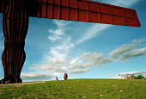 Angel of the North, Gateshead On Tyne, February 1999. - Mark Pinder - 1990s,1999,ACE arts culture ,artwork,artworks,fine art,Gateshead,gormley,holiday,holidays,LFL lifestyle & leisure,sculpture,SCULPTURES,time off,tourism,tyneside,walk,walking