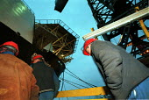 Swan Hunter Shipbuilders, Wallsend, Tyne and Wear. - Mark Pinder - 09-02-1999