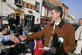 The Independent candidate Reg Keys who is standing on an anti war and accountability stand against Tony Blair in the prime ministers Sedgefield constituency in the 2005 British general election. Reg's... - Mark Pinder - 21-04-2005