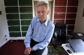 Conservative MP David Davis, who resigned as MP, (and shadow minister), to force a by-election on issues of civil liberties and against the Government's 42-day detention plan. At his home near Howden,... - Mark Pinder - 25-06-2008