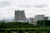 The controlled demolition of cooling towers at the Calder Hall site at Sellafield. Sellafield nuclear reprocessing plant, Cumbria, UK, 29/9 2007. - Mark Pinder - 29-09-2007