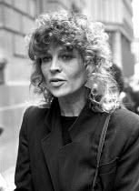 Julie Christie, Anti Apartheid protest, Barclays Bank, London 1981 - NLA - 1980s,1981,AAM,acting,activist,activists,actor,actors,actress,against,Anti Apartheid Movement,Apartheid,Bank,BANKS,Barclays Bank,CAMPAIGNING,CAMPAIGNS,DEMONSTRATION,FEMALE,Julie Christie,London,people
