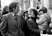 Elsa Warren, wife of Shrewsbury picket Des Warren, lobbies Downing Street with their children as part of the campaing for his release. MP Dennis Skinner is at her side. London - Peter Arkell - 1970s,1976,activist,activists,building workers strike,Building workers strike 1972,CAMPAIGN,campaign campaigning,campaigner,campaigners,CAMPAIGNING,CAMPAIGNS,CHILD,CHILDHOOD,children,DEMONSTRATING,dem