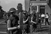 British troops on the streets, Northern Ireland, 1971 - NLA - 13-08-1971