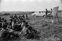 British soldiers, car bomb disposal training exercise, Northern Ireland 1970 - NLA - 22-06-1970