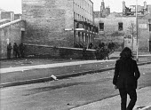 British paratroopers in action, Bloody Sunday, Derry, Northern Ireland 1972 - NLA - 1970s,1972,Armed Forces,army,Bloody,British,British Army,conflict,conflicts,confront,confrontation,confronted,confronting,Derry,Ireland,Irish,Londonderry,military,Northern Ireland,paras,paratroopers,s