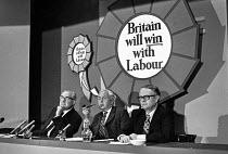 (L-R) Jim Callahan, Harold Wilson and Ron Hayward at a Labour Party election press conference - NLA - 16-09-1974