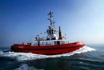 Red Funnel Towage tug Redbridge. - Paul Carter - 20-09-1997