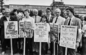 Demonstration outside GCHQ headquarters, Cheltenham, 6 months after trade unions were banned - Peter Arkell - 1980s,1984,activist,activists,against,ban,banned,banning,bans,CAMPAIGN,campaigner,campaigners,CAMPAIGNING,CAMPAIGNS,Cheltenham,civil rights,civil service,CPSA,DEMONSTRATING,Demonstration,DEMONSTRATION