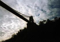Bristol Suspension Bridge. - Paul Box - 15-02-2001