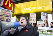 Ian Hodson, BFAWU, outside McDonald's. Launch of the Fast Food Rights campaign Oxford street, London - Paul Box - ,2010s,2014,activist,activists,at,BFAWU,CAMPAIGN,campaigner,campaigners,CAMPAIGNING,CAMPAIGNS,cities,city,contracts,DEMONSTRATING,demonstration,DEMONSTRATIONS,EARNINGS,EQUALITY,fair,fast food,fast foo