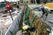 Construction workers , Midas construction site Mamlsbury Witshire - Paul Box - 18-05-2001