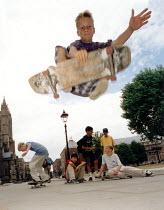 Skateboarder Bristol - Paul Box - 2000s,2002,adolescence,adolescent,adolescents,EXTREME,Extreme Sports,jump,jumping,lfl Leisure,people,person,persons,skateboard,skateboarder,skateboarders,skateboarding,SKATEBOARDS,SPO sport,sports,tee