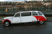 Stretched limo Citroen 2CV, Bristol - Paul Box - 2000s,2003,alteration,AUTO,AUTOMOBILE,AUTOMOBILES,AUTOMOTIVE,car,cars,cheveaux,cities,city,custom,customized,deux,french,hobbies,hobby,hobbyist,LFL Lifestyle leisure,limousine,limousines,long,stretche