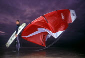 Anrea Wharry UK Kite surfing Champion 2001 with her kite. Daymer Bay, Camel Estuary Padstow Cornwall - Paul Box - 14-07-2002