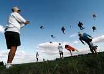 Kite flying, Bristol International Kite Festival. - Paul Box - 01-07-2002