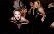 Dancers at a concert - Paul Box - 26-07-2003