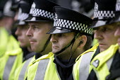 G8 protesters are surrounded by police at demonstrations in Edinburgh on Monday 4th of July. - Paul Box - 04-07-2005