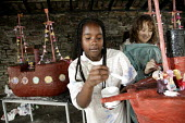 School pupils making models of the Brunel's SS Great Britain, Bristol. - Paul Box - 06-07-2006
