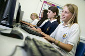 Information Technology (IT) class, at Clevedon Community School. - Paul Box - 08-07-2006
