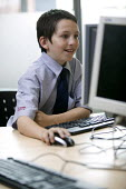 A Information Technology (IT) class, at City Academy, Bristol. - Paul Box - 13-07-2006