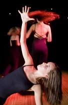 Dance and drama. Clevedon community school, Clevedon. - Paul Box - 11-09-2008