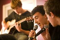 Music. Clevedon community school, Clevedon. - Paul Box - 23-10-2008