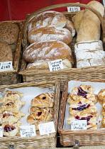 Love Bristol Pop-Up Bakery, Stokes Croft, Bristol. - Paul Box - 16-10-2014