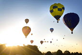 The Bristol International Balloon Fiesta, Bristol. - Paul Box - 2010s,2014,balloon,ballooning,balloons,Bristol,cities,city,festival,festivals,flight,flights,fly,flying,Leisure,LFL,LIFE,PEOPLE,RECREATION,RECREATIONAL,urban