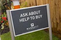 New Barratt Home development, Kingswood, Bristol. - Paul Box - 27-06-2014