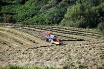 Farmers bale hay Nailsworth near Stroud. - Paul Box - 07-09-2014