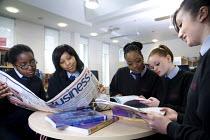 Business Studies at Bristol City Academy. - Paul Box - 2000s,2009,6th form,adolescence,adolescent,adolescents,BAME,BAMEs,Black,BME,bmes,business,child,CHILDHOOD,children,cities,city,class,classroom,classrooms,communicating,communication,conversation,conve