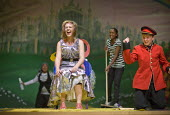 Students perform The Wizard of Oz at Bristol City Academy. - Paul Box - 2010,2010s,ACE,act,acting,actor,actors,actress,actresses,adolescence,adolescent,adolescents,BAME,BAMEs,black,BME,bmes,child,CHILDHOOD,children,cities,city,class,costume,costumes,cultural,culture,diver