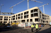 The construction of a new hospital for North Bristol NHS Trust, Southmead, Bristol. - Paul Box - 16-01-2012